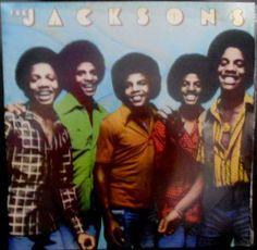 Vinil LP  The Jacksons - 1976 - Raridade   Vinil de 1976 dos The Jacksons, ainda com Michael Jackson Vale a pena aos colecionadores de Jackson e de Black Music  LP The Jacksons  Ano 1976 gravadora CBS  estado da capa do LP ótima estado do Lp excelente