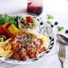 アラビアの「ブラックパラティッシ」でおしゃれに北欧コーディネートを - macaroni