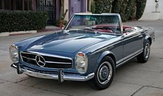 This is a Mercedes in an unusual but beautiful color combination. See it at Goodman Reed in California. They really know how to photograph cars. Mercedes Auto, Mercedes Benz Autos, Carl Benz, Benz Amg, Best Classic Cars, Classic Auto, Classic Mercedes, Classic Motors, Cabriolet