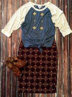 CASSIE OUTFITS! Large Blue & Cream Randy Tee paired with a Large Brown Pattern Cassie Skirt