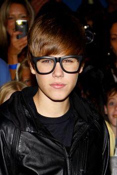 justin_bieber_geek_glasses