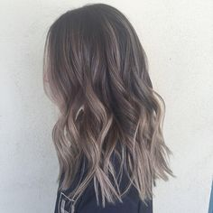 #sombre #babylights #hairpainting #ombre #balayage #summerhair #sunkissed #prettyhair #beachwaves