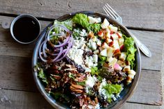 Apple, Pecan & Feta Green Salad