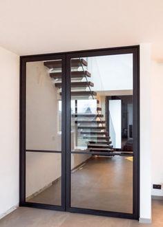 """Pivoterende """"steel look"""" deur met vast paneel Glass Shower Doors, Glass Doors, Main Door, Steel Doors, Sliding Doors, House Design, Windows, Architecture, Furniture"""