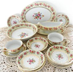 Vintage GoldCastle Japan 15 Piece by ShoppeAroundTheWorld on Etsy,