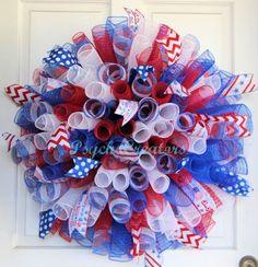 XL Curly Patriotic Deco Mesh Wreath - Red White Blue - Memorial Day - July 4 #PsychoCreatorsHandmade