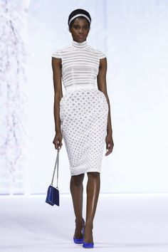 White top + white pencil skirt. LUV. Ralph & Russo Spring-summer 2016