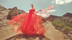A windy floating red dress to fulfill your imagination. Spring and summer collection 2015
