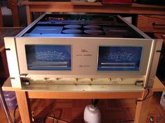 MARANTZ SM-1000 ESOTEC. CLASS A. 95 LBS. 400 WPC RMS. $5000 IN 1979.