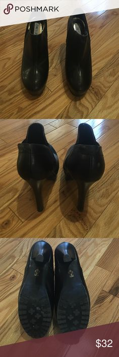 """Jennifer Lopez booties Sexy JLo ankle booties black all man made. Rubber non slip soles size 7M  5"""" stacked skinny heel and 1"""" platform. You would think they would be difficult to walk in due to the heel hight but surprisingly they are not difficult at all in fact they are actually comfortable. Total boot is 7"""" some minor scuffs on heel and back of both booties. Slip on/off with a side elastic panels. Rounded toe Jennifer Lopez Shoes Ankle Boots & Booties"""