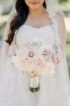 Floral Wedding, Lace Wedding, Wedding Dresses, Bouquets, Florals, Fashion, Bride Dresses, Floral, Moda