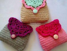 Colorful Little Crochet Pouch - Free Crochet Diagram - (tecendoartesesonhos.blogspot)