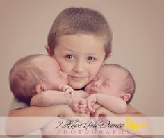 newborn twins photography   www.Ihopeyoudancephotography.com