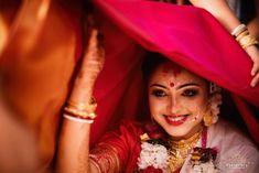 Bengali Bridal Makeup, Bengali Wedding, Bengali Bride, Wedding Looks, Bridal Looks, Indian Bridal Photos, Indian Wedding Outfits, Wedding Dresses, Beautiful Mehndi