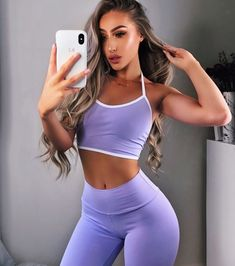 Fitness girls : Beautiful Girls with Abs Sport Outfits, Cute Outfits, Gym Outfits, Estilo Fitness, Moda Fitness, Fitness Diet, Fitness Goals, Workout Wear, Female Fitness