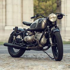 Cafe Racer Dreams' BMW R69S