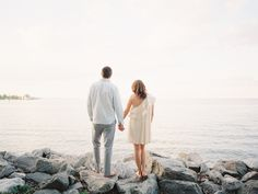 Photography: Abby Jiu Photography - abbyjiu.com  Read More: http://www.stylemepretty.com/2014/08/13/blogger-bride-caitlin-morans-engagement-session/