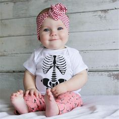 Short Sleeve Infant Skull Cotton Baby Girl & Boys Rompers – Everything Skull Clothing Merchandise and Accessories Newborn Outfits, Kids Outfits, Baby Boy Romper, Summer Baby, Kids Wear, Size Chart, Infant, Rompers, Boys