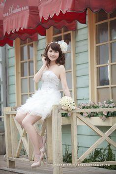 wedding dress - PHOTOGRAPHY - 白紗 TaipeiRoyalWed.tw 台北蘿亞結婚精品