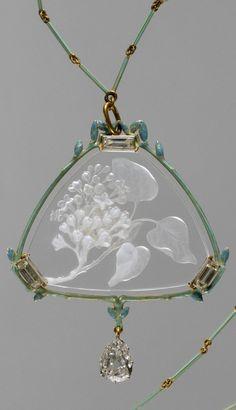 An Art Nouveau gold, enamel, glass and diamond pendant with chain, by  René-Jules Lalique, circa 1905. Signed LALIQUE. #Lalique #ArtNouveau #necklace #pendant