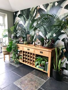 Kitchen Makeover with Photowall , The Botany Banana wall mural has created an urban jungle/garden feel that provides interest, depth and character to our kitchen/dining area. Botanical Kitchen, Botanical Interior, Jungle Kitchen Ideas, Jungle Living Room Ideas, Jungle Bedroom, Jungle Gardens, Jungle House, Tropical Bedrooms, Fake Plants Decor
