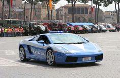Lamborghini of the Italian police - REPUBLIC DAY, ROME, ITALY - 02 JUN 2005 - Maria L Antonelli/REX