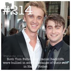 25 Harry Potter Facts Will Accelerate Your HP Craze - Swish Today Ok WHAAAT? They were bullied for being in the BEST movies and having the BEST characters? Harry Potter Humor, Harry Potter Ron Weasley, Harry Potter Film, Harry Potter Thema, Harry Potter Characters, Harry Potter Universal, Harry Potter World, Harry Potter Stuff, Harry Potter Treats