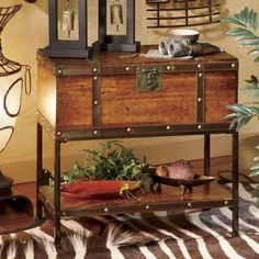 Britannic Trunk Table from Through the Country Door®... Want!!!