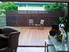 Timber Deck Design Ideas - Photos of Timber Decks. Browse Photos from Australian Designers & Trade Professionals, Create an Inspiration Board to save your favourite images. Pergola Patio, Backyard Landscaping, Patio Deck Designs, Timber Deck, Outdoor Living Rooms, House Deck, Outdoor Decor, Outdoor Plants, Outdoor Screens
