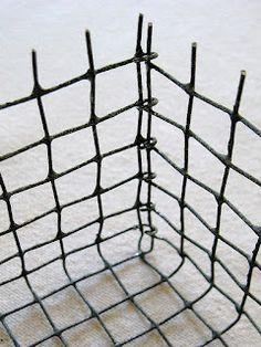 four corners design: Wonderfully wired--DIY wire baskets