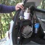 Vuoi fare il pieno d'acqua all'auto?Con il kit ad idrogeno è possibile,ma non te lo dicono