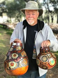 Denny Wainscott made his annual trip to the gourd farm and brought with him some of his most recent pieces.   He's in town for the La Quinta Arts Festival happening 3/1-3/4!