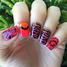 Halloween nail art mani, bats...  I did this mani using @virtuouspolish 'Patience' & 'Diligence' @paintedpolishbylexi 'Resting Witch Face' @mundodeunas '27- Neon Orange' & '29- Neon Pink' plates are @bundlemonster BM-H08 @moyou_london Gothic-01
