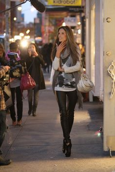 Alessandra Ambrosio - can I be you please?