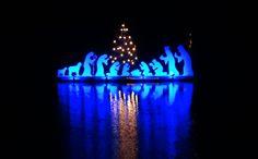 Die neue Attraktion in diesem Jahr ist enthüllt: Eine schwimmende Krippe auf der Wied mit wechselnder Beleuchtung.