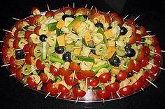 Marinierte Tortellini - Spieße mit Mozarellabällchen und Cherrytomaten 1