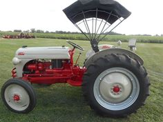 Ford Tractors For Sale, 8n Ford Tractor, Farmall Tractors, Old Tractors, Tractor Canopy, Platform Ladder, Central Illinois, Vintage Tractors, Go Kart
