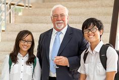 #Vietnam welcomes its first #optometry programme at the Pham Ngoc Thach University of #Medicine. Seen here is Prof Brien Holden with students.