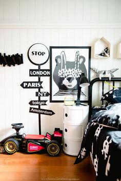 Make a statement in your kids bedroom with Mocka's Stop Light Wall Sticker. Kids love the light up stop sign. Bedroom styled by Affordable Style Files.
