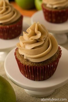 Apple Chai Cupcakes