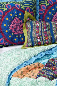 Anthropologie's New Arrivals: Colorful Bedding & Rugs - Topista