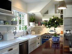 1000 Images About Kitchens On Pinterest Gambrel White Kitchens And Blue Interiors