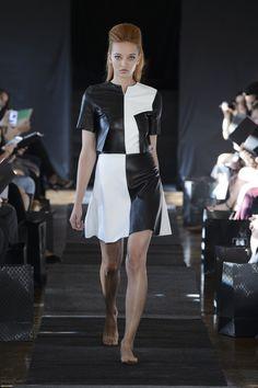 Camille Albane, partenaire officiel coiffure et maquillage, a le plaisir de vous faire revivre  le défilé Haute Couture de la Maison Anoufa en partageant avec vous les photos de ce moment d'exception... #CamilleAlbane #MaisonAnoufa #CamillealbaneXanoufa