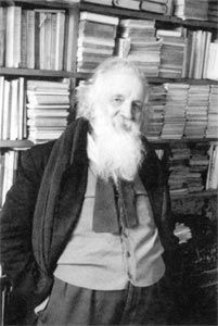 """Gaston Bachelard """"Ideas are refined and multiplied in the commerce of minds. In their splendor, images effect a very simple communion of souls"""". Gaston Bachelard, Writers Write, Mindfulness, Reading, People, Books, Space, Communion, Poetry"""