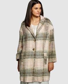http://www.elcorteingles.es/moda/A15337884-poncho-estampado-de-mujer-talla-grande-couchel-con-cierre-botones/
