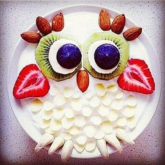 Deliciosamente hermoso. .Credit : @chocolate_ice_cream_fruit_sala . #owl #owls #owllove