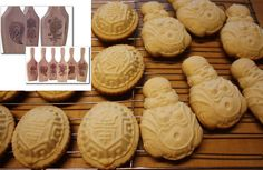 Use mooncake molds to make party cookies (thanks for the idea Elaine!)