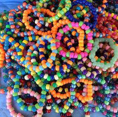 I'll need lots of these Edm Festival, Festival Looks, Festival Wear, Festivals, Ultra Music, Edc 2014, Rave Music, Kandi Bracelets, Carnival Outfits