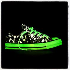 GLOW IN THE DARK CHUCKS. I REQUIRE THESE SO HARD.