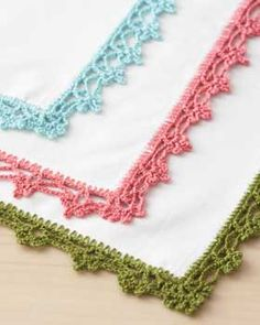 Pattern for lace napkin edging